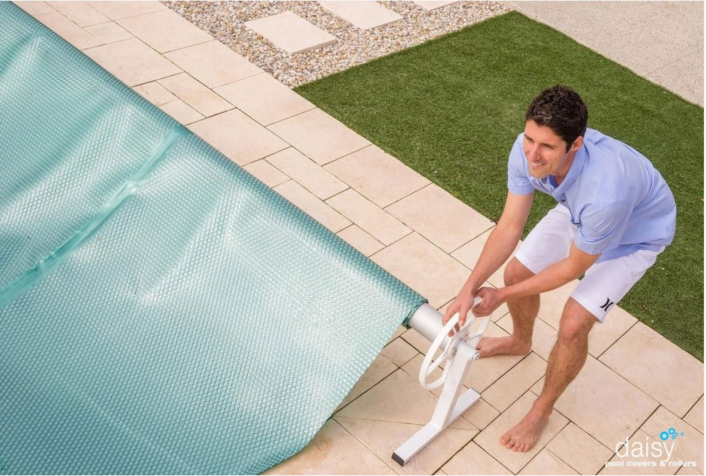 ST Roller with Pool Cover